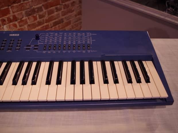 Yamaha cs1x virtual analog polyphonic synthesizer used for Yamaha cs1x keyboard