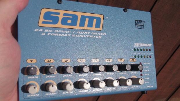 Sams Auto Sales >> MIDIMAN SAM S/PDIF-ADAT 24 BIT CONVERTER Blue | Reverb