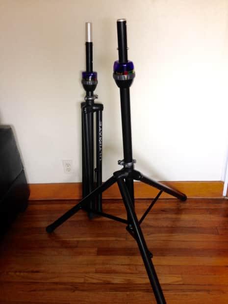 Ultimate Support 2 Telelock Lift Assist Speaker Stands