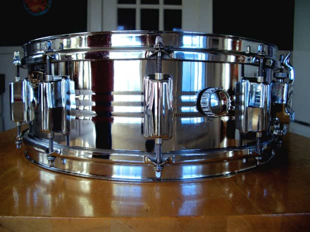 Pearl B4514 Snare Drum : 1975 pearl b4514 chrome over brass snare drum 5x14 free reverb ~ Vivirlamusica.com Haus und Dekorationen