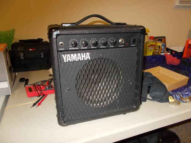 Yamaha hy 10g iii practice guitar amp reverb for Yamaha thr10x specs
