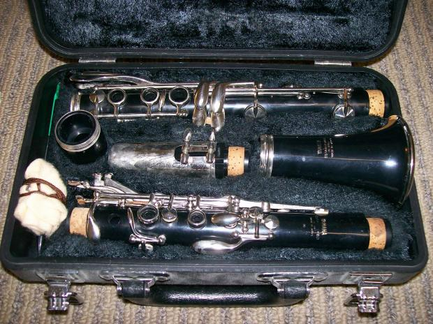 Yamaha ycl 20 clarinet with case reverb for Yamaha beginner clarinet