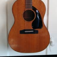 <p>1965 Gibson LG-0 Acoustic Guitar</p>  for sale