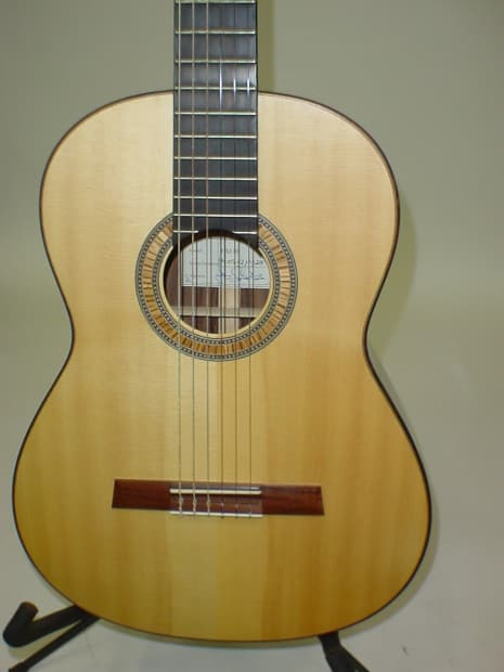Bill S Auto Sales >> Hofner HM88 Classical Acoustic Guitar with Case - Pre Owned | Reverb