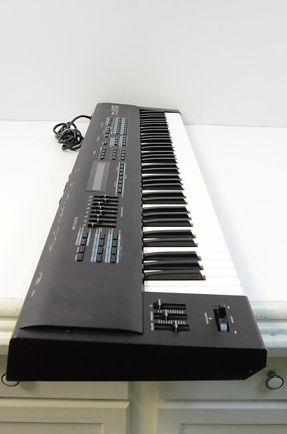 Roland Jv 90 76 Note Semi Weighted Synthesizer Reverb