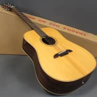 <p>Alvarez Masterworks Series MD70 Acoustic Guitar made of all solid Tonewoods</p>  for sale