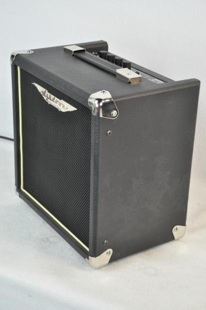 new ashdown tourbus 15 watt bass amp bass guitar amp bass guitar reverb. Black Bedroom Furniture Sets. Home Design Ideas
