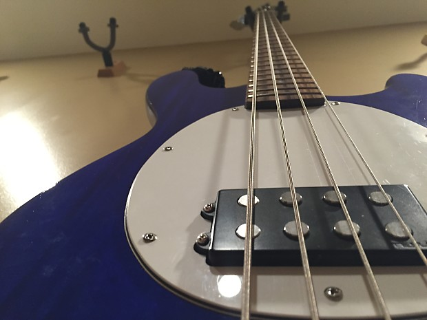 mmb 4 electric stingray style bass guitar with free gig bag reverb. Black Bedroom Furniture Sets. Home Design Ideas