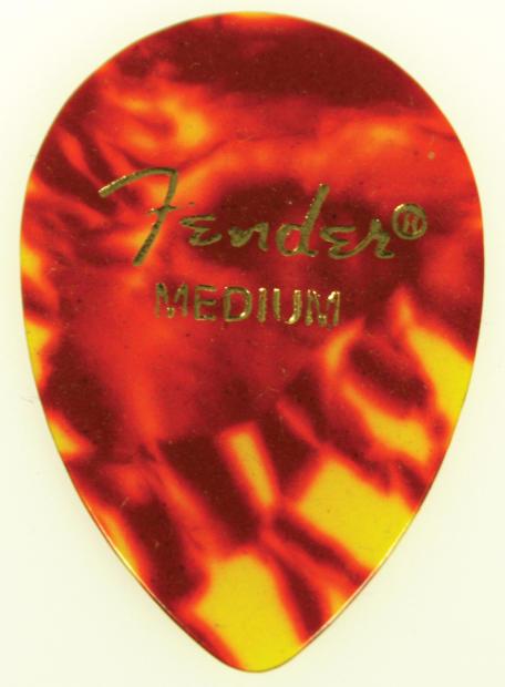 Fender Teardrop Pick : Fender tear drop shell guitar picks pack medium
