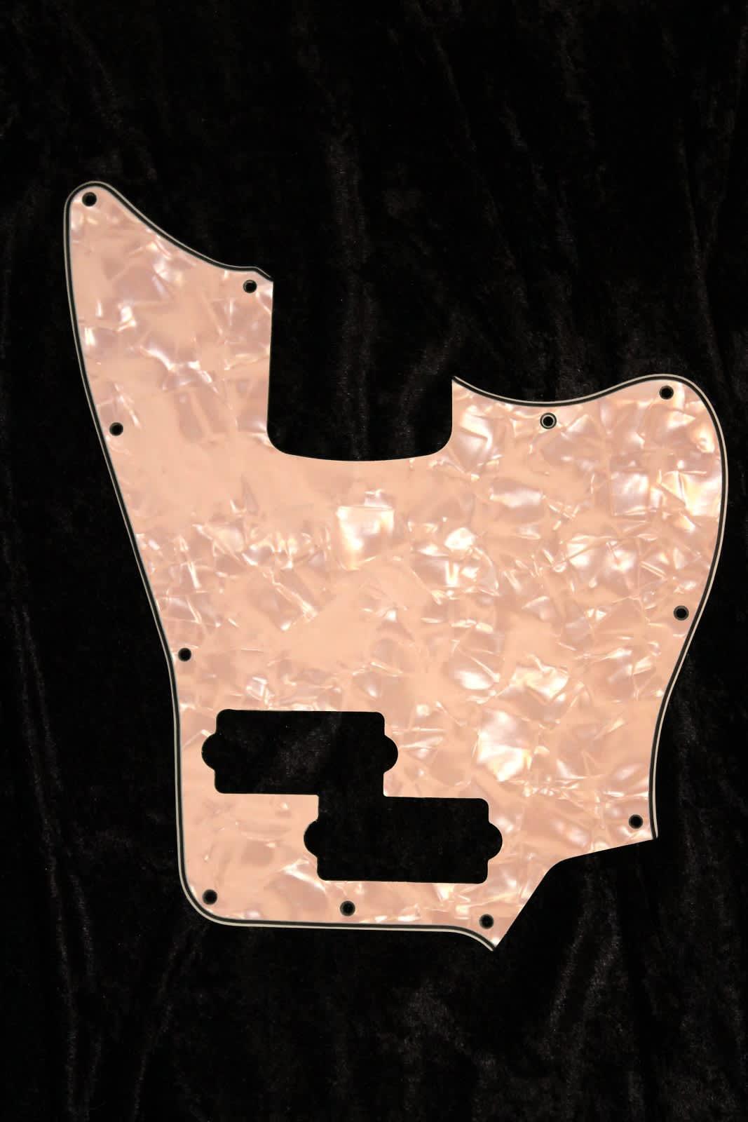 Squier Vm Jaguar Bass Pickguard Short Scale 4 Ply Aged