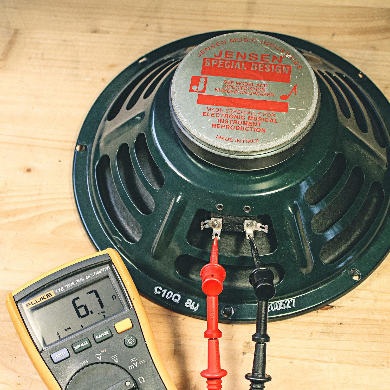 Comment brancher les haut-parleurs à un amplificateur