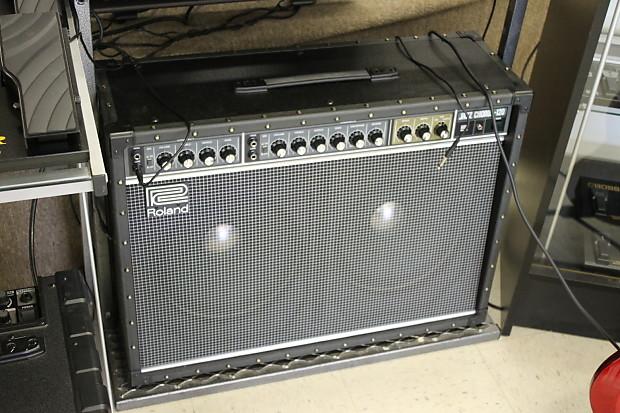 roland jc 120 jazz chorus 2x12 guitar combo amplifier reverb. Black Bedroom Furniture Sets. Home Design Ideas