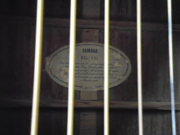 Yamaha fg 331