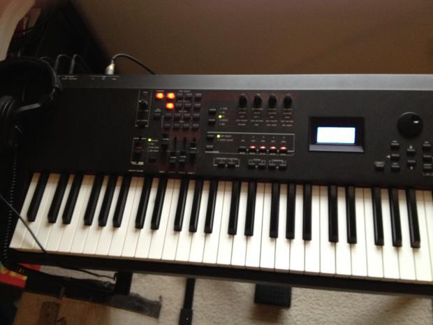 Yamaha s90 xs reverb for Yamaha mx61 specs