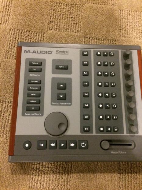 m audio icontrol recording interface for apple garageband reverb. Black Bedroom Furniture Sets. Home Design Ideas