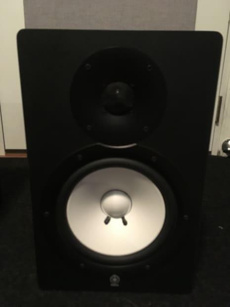 Yamaha hs80m powered studio monitor pair 2010 black for Yamaha hs80 vs hs8