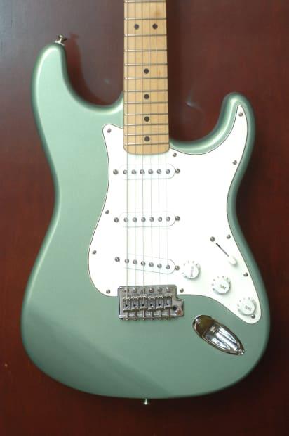 Auto Body Shop Near Me >> Fender Stratocaster 2003 Sage Green Metallic Electric Guitar | Reverb