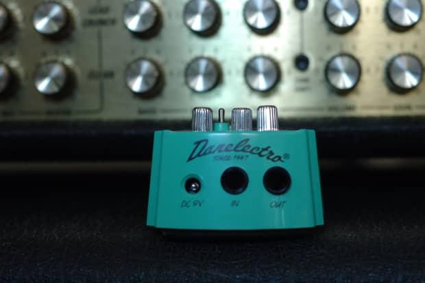 danelectro french toast octave fuzz distortion pedal teal reverb. Black Bedroom Furniture Sets. Home Design Ideas