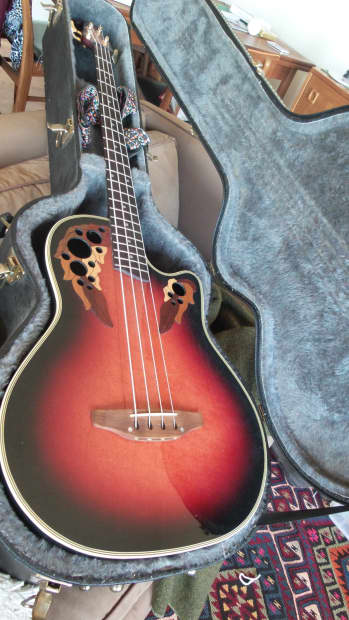 Acoustic Electric - Ovation Celebrity Deluxe