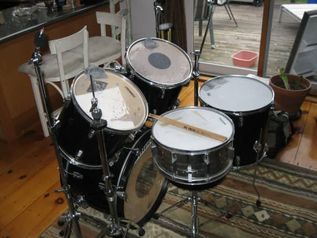 Peavey Drum Set With Pearl Snare Mapex Hi Hat Cymbal