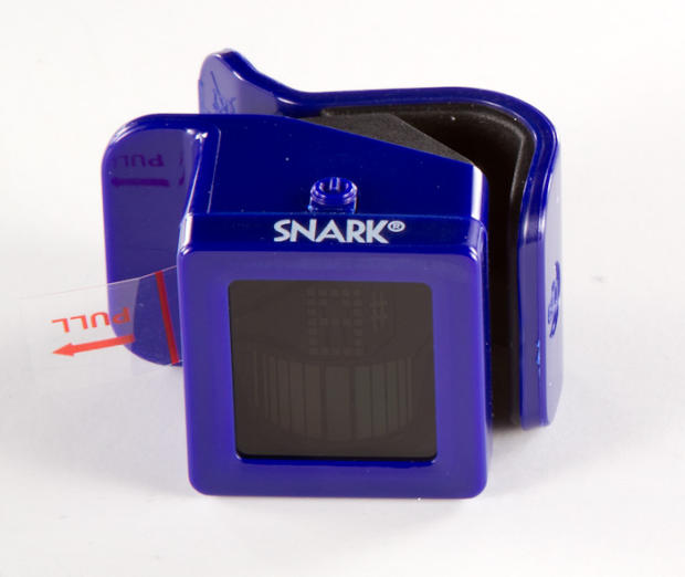 how to use a snark clip on guitar tuner