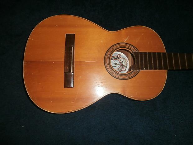 Vintage 1950 39 s valencia classical acoustic guitar project - Vintage valencia ...