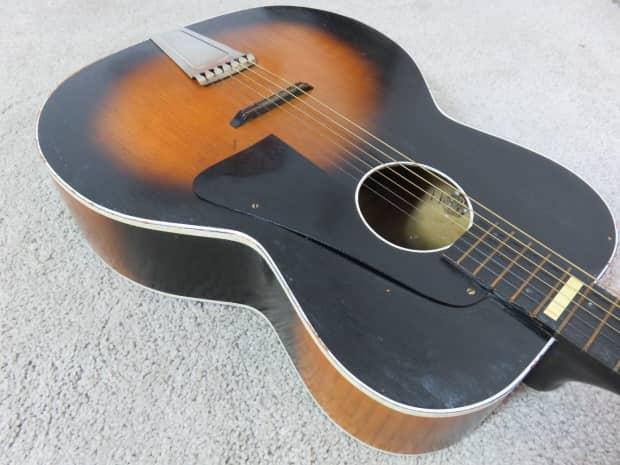 Vintage Acoustic Guitar: Amazoncom