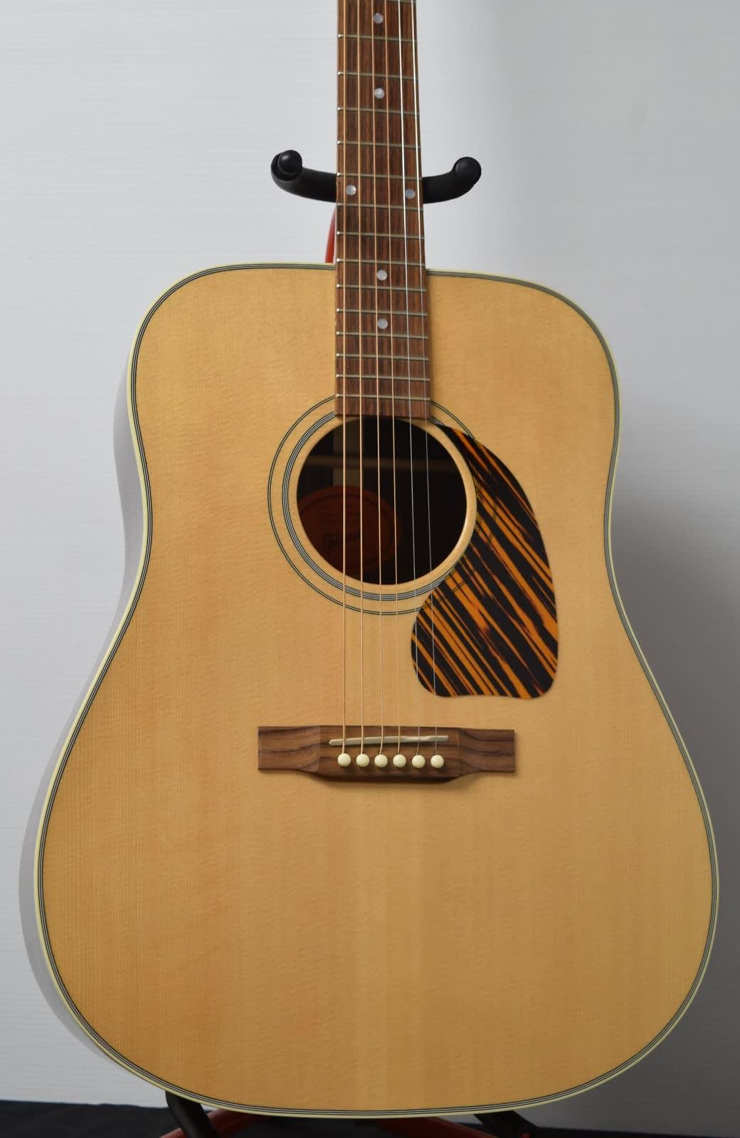 gibson used j 60 acoustic guitar reverb. Black Bedroom Furniture Sets. Home Design Ideas