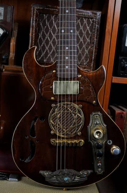 postal handmade walnut traveler mini travel electric guitar reverb. Black Bedroom Furniture Sets. Home Design Ideas