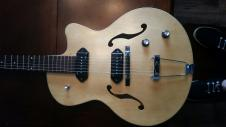 Godin 5th Avenue Kingpin II  Natural image