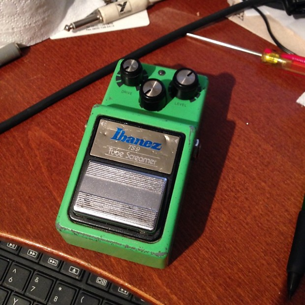 How to Date an Original Ibanez TS-9 Tube Screamer by