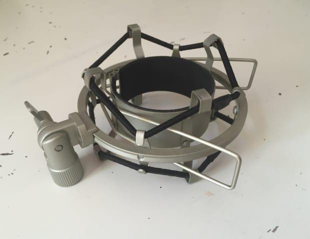 mxl 90 microphone shock mount 60mm large body reverb. Black Bedroom Furniture Sets. Home Design Ideas