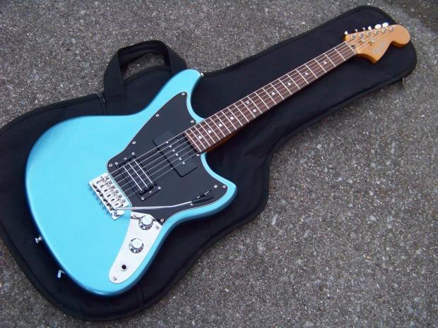 fender modern player marauder guitar lake placid blue minty bag extra pickguard jazzmaster. Black Bedroom Furniture Sets. Home Design Ideas