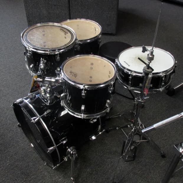 ludwig accent cs 5 piece drum set with hardware reverb. Black Bedroom Furniture Sets. Home Design Ideas