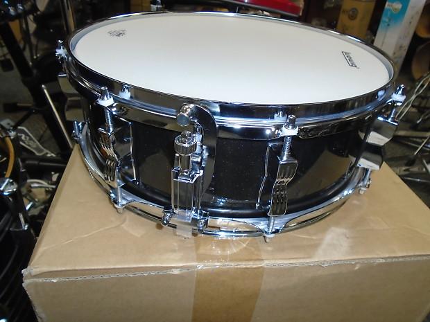 Questlove Snare Drum : new ludwig questlove breakbeats 14 x5 snare drum black reverb ~ Vivirlamusica.com Haus und Dekorationen