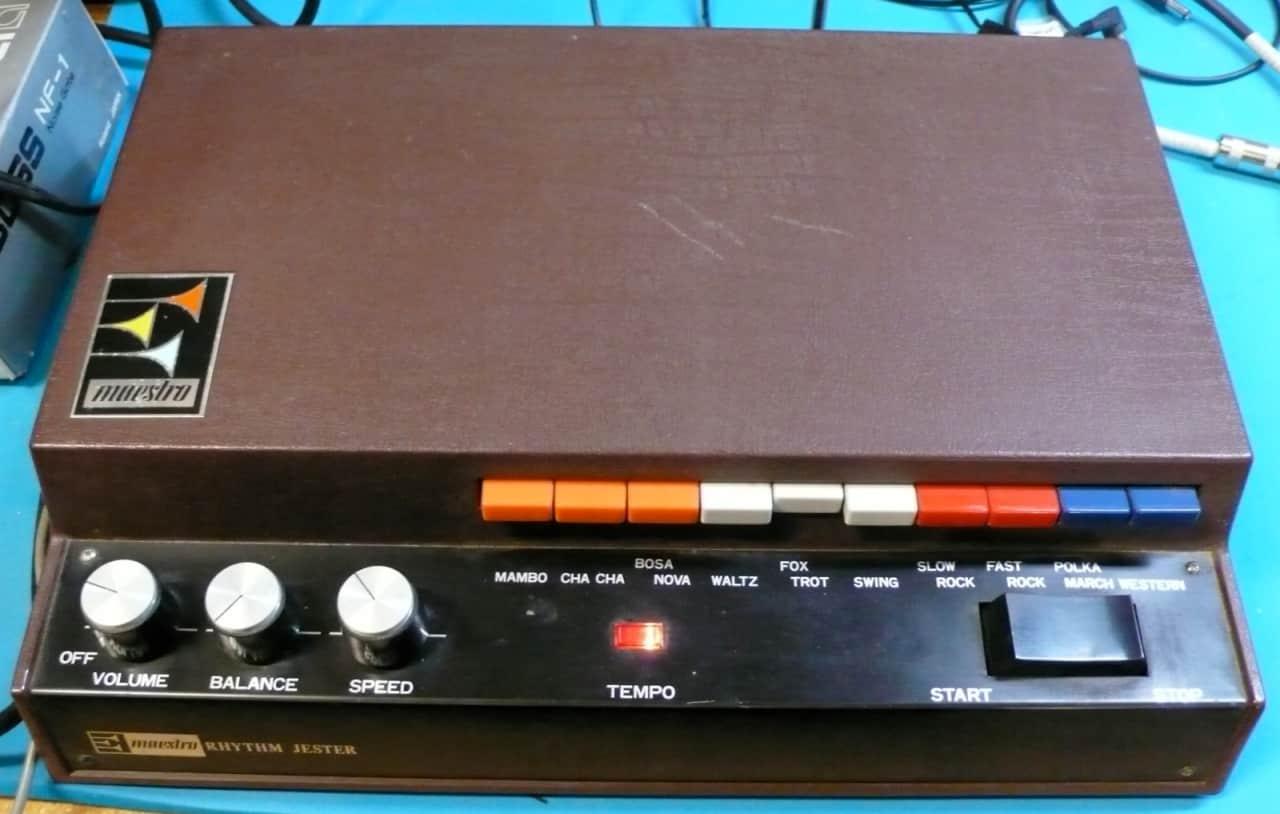 electronic drum machine