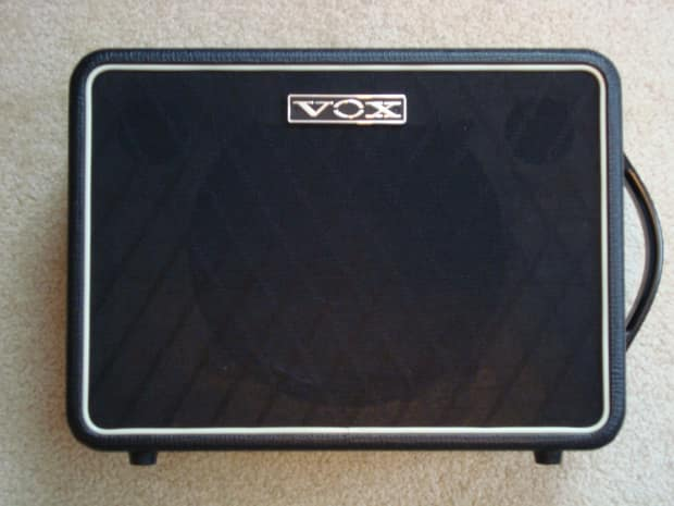 vox v110nt 1x10 celestion 30w speaker cabinet reverb. Black Bedroom Furniture Sets. Home Design Ideas