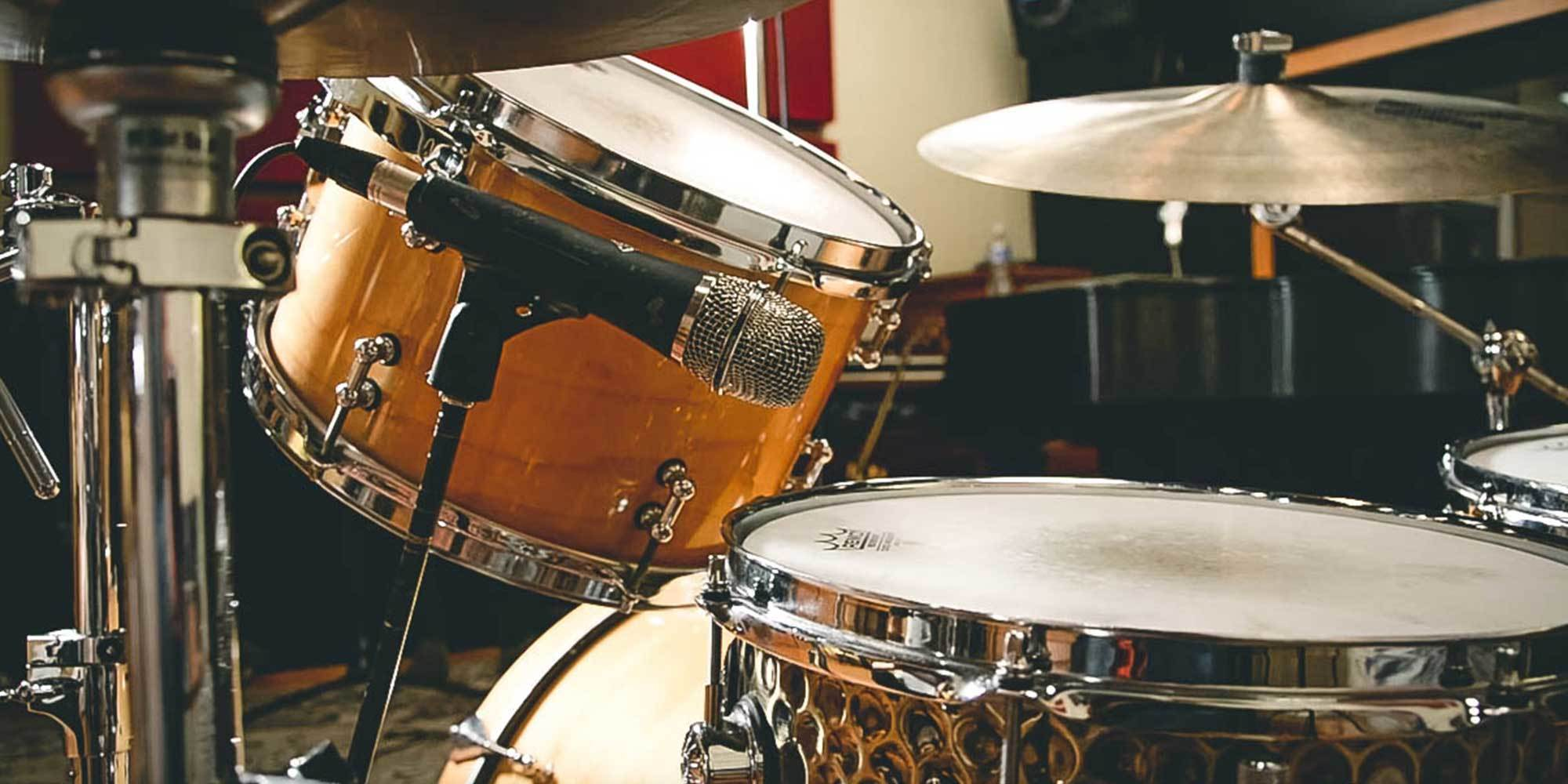 a beginners guide to drum mic ing reverb. Black Bedroom Furniture Sets. Home Design Ideas