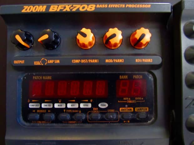 Zoom Bfx 708 Bass Guitar Effects Fx Pedal Reverb