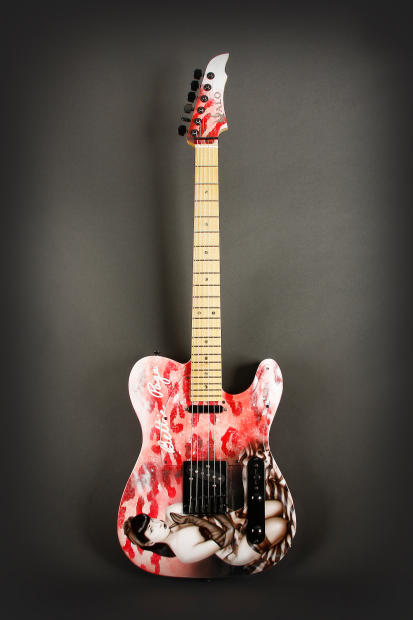 halo custom guitars official bettie page guitar 2011 hand painted reverb. Black Bedroom Furniture Sets. Home Design Ideas