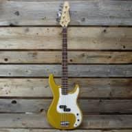 <p>Karera P-Bass, Gold</p>  for sale