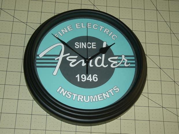 Elec Instrument Glass : Fender fine electric instruments studio wall clock reverb