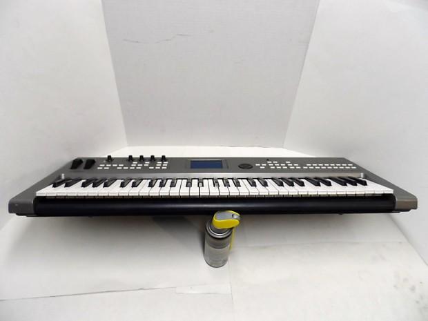 yamaha mm6 61 key full size electronic portable keyboard reverb. Black Bedroom Furniture Sets. Home Design Ideas