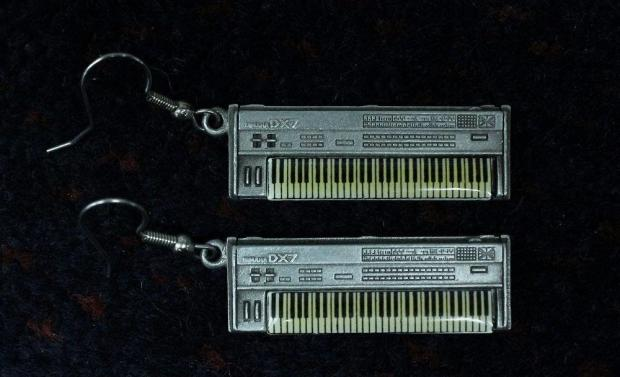 Yamaha dx7 earrings reverb for Yamaha collinsville il