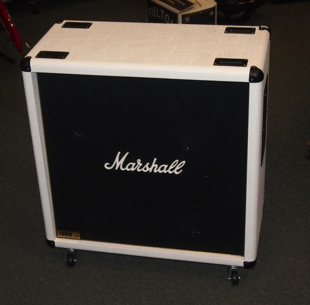 Marshall Made In The UK Custom Shop 1960 Lead 4x12 Cab