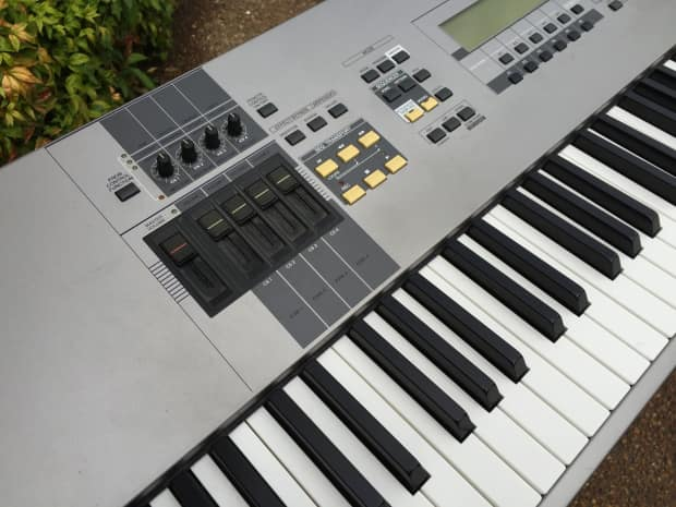 Yamaha motif 8 88 key keyboard synth near mint reverb for Yamaha motif keyboard