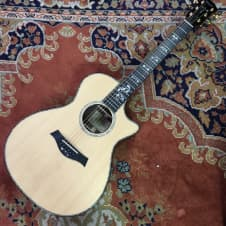 Taylor 912ce Grand Concert Acoustic Electric Guitar Natural image