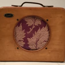 """1940'S Supro Amplifier with 8"""" Utah Speaker/New York Tranny Who know what it is? Ref. #A1010 image"""