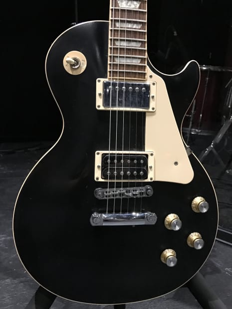 Gibson les paul traditional ebony