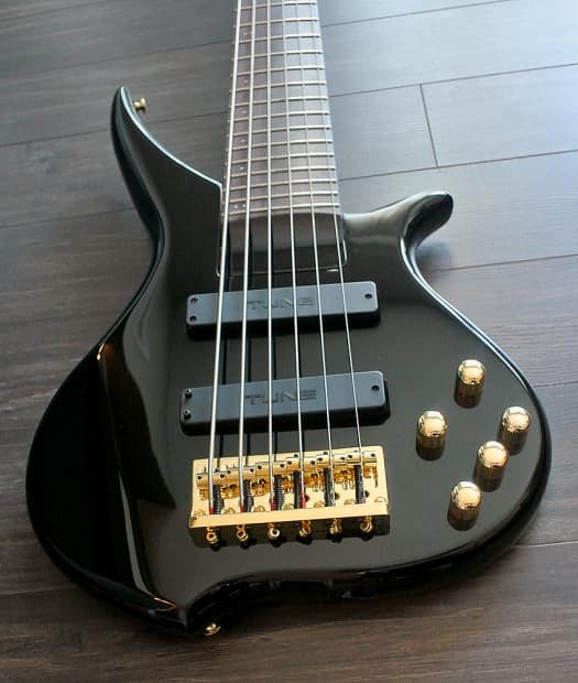 tune twx61 sw 6 string bass black finish band new reverb. Black Bedroom Furniture Sets. Home Design Ideas